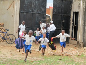 The children arriving after school to meet the new visitors